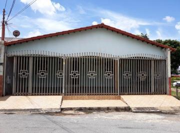 Casa · 190m² · 4 Quartos · 3 Vagas