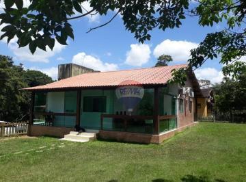 Linda casa no condomínio 4 Estações, km 07 de Aldeia, na rua da Escola