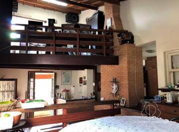 Casa · 795m² · 3 Quartos · 4 Vagas