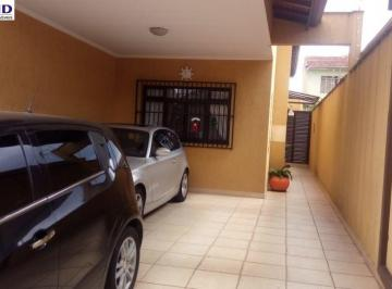 Casa · 190m² · 4 Quartos · 4 Vagas
