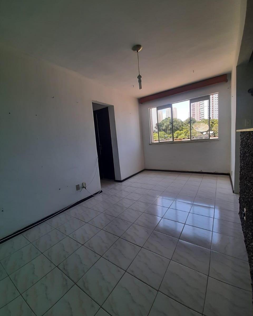 Apartamento 2 quartos, nascente, frente, entre Orla e Paralela em Patamares