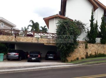 Casa · 600m² · 4 Quartos · 7 Vagas