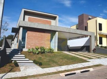 Bela Casa à venda no Residencial Shambala III em Atibaia SP