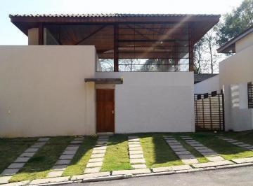 Casa · 171m² · 3 Quartos · 3 Vagas