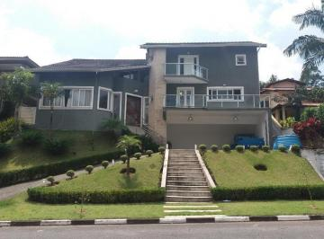 Casa · 412m² · 4 Quartos · 3 Vagas