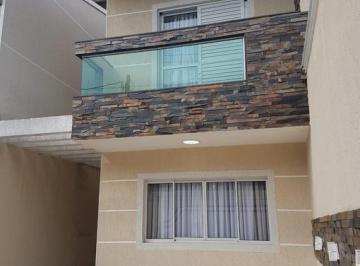 Casa · 136m² · 3 Quartos · 3 Vagas