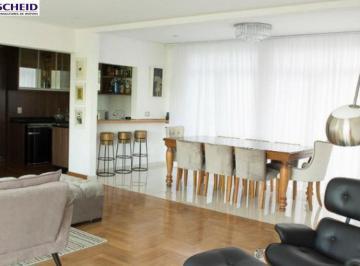 Casa · 750m² · 5 Quartos · 6 Vagas