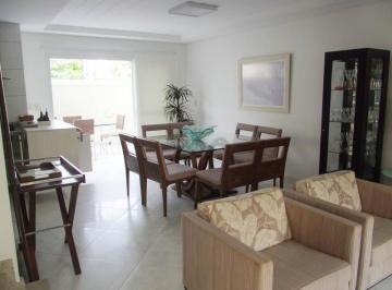 17471_casa-hoteis-04-dorms-02-suites-armarios-banheiro-social-sala-02-ambientes-cozinha-armarios-dependencia-wc-de-empregada-lavanderia-area-de-servi-o-04-vagas-lazer-enseada-guaruja-1.jpg