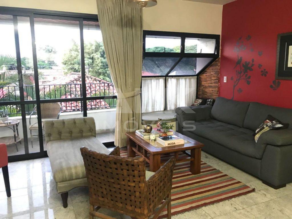 Apartamento com 3 Quartos à Venda, 130 m² por R$ 1.380.000