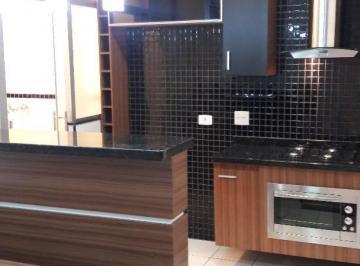 Linda cozinha planejada completa, já com cooktop, coifa, fogão e forno
