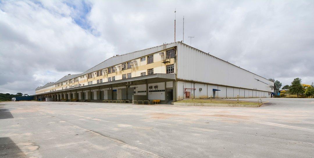 http://www.infocenterhost2.com.br/crm/fotosimovel/808113/152907468-barracao-galpao-curitiba-cidade-industrial.jpg