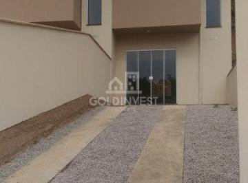 Casa · 69m² · 2 Quartos · 2 Vagas