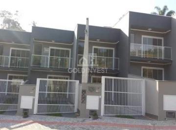 Casa · 71m² · 2 Quartos · 1 Vaga
