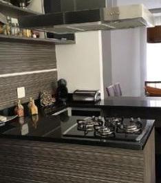 Casa com 3 dormitórios à venda, 180 m² por R$ 939.000