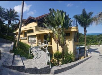 Casa · 1500m² · 6 Quartos · 6 Vagas