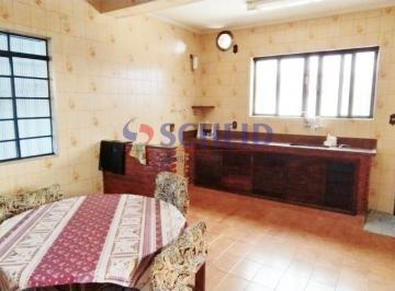 Casa · 360m² · 3 Quartos · 4 Vagas
