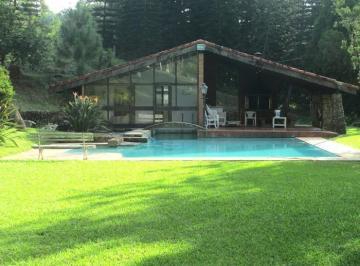 Espaço gourmet, sauna e piscina