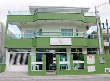 Casa de 19 quartos, Itapema