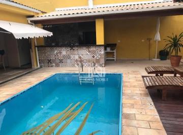 87c57af2e Casas com Despensa à venda no Jardim Cotia