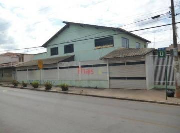 01 FACHADA (QI 05 Conjunto U, Guará I)