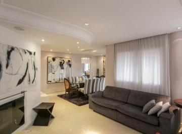 http://www.infocenterhost2.com.br/crm/fotosimovel/320464/29103142-apartamento-curitiba-agua-verde.jpg