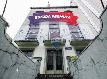 Paraíso, Prédio de 3 andares,Ao lado do Hotel Pullman Ibirapuera.(Av.