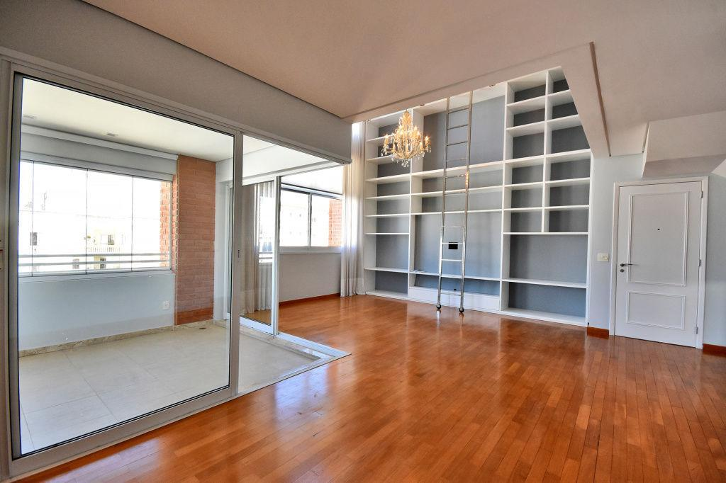 Apartamento para locação com 157m², Cerqueira César, SP.