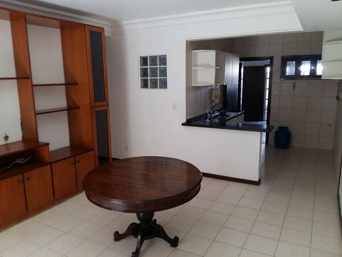 Village a venda 3 quartos 1 suíte 2 garagens Praia do Flamengo Salvador BA