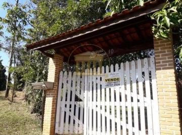 Rural de 4 quartos, Pindamonhangaba
