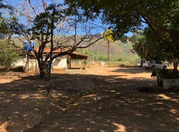 Rural de 4 quartos, Teresina de Goiás