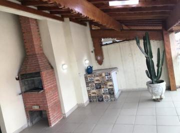 Casa · 107m² · 2 Quartos · 1 Vaga