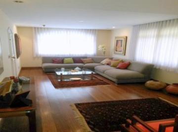 Apartamento · 140m² · 4 Quartos · 2 Vagas