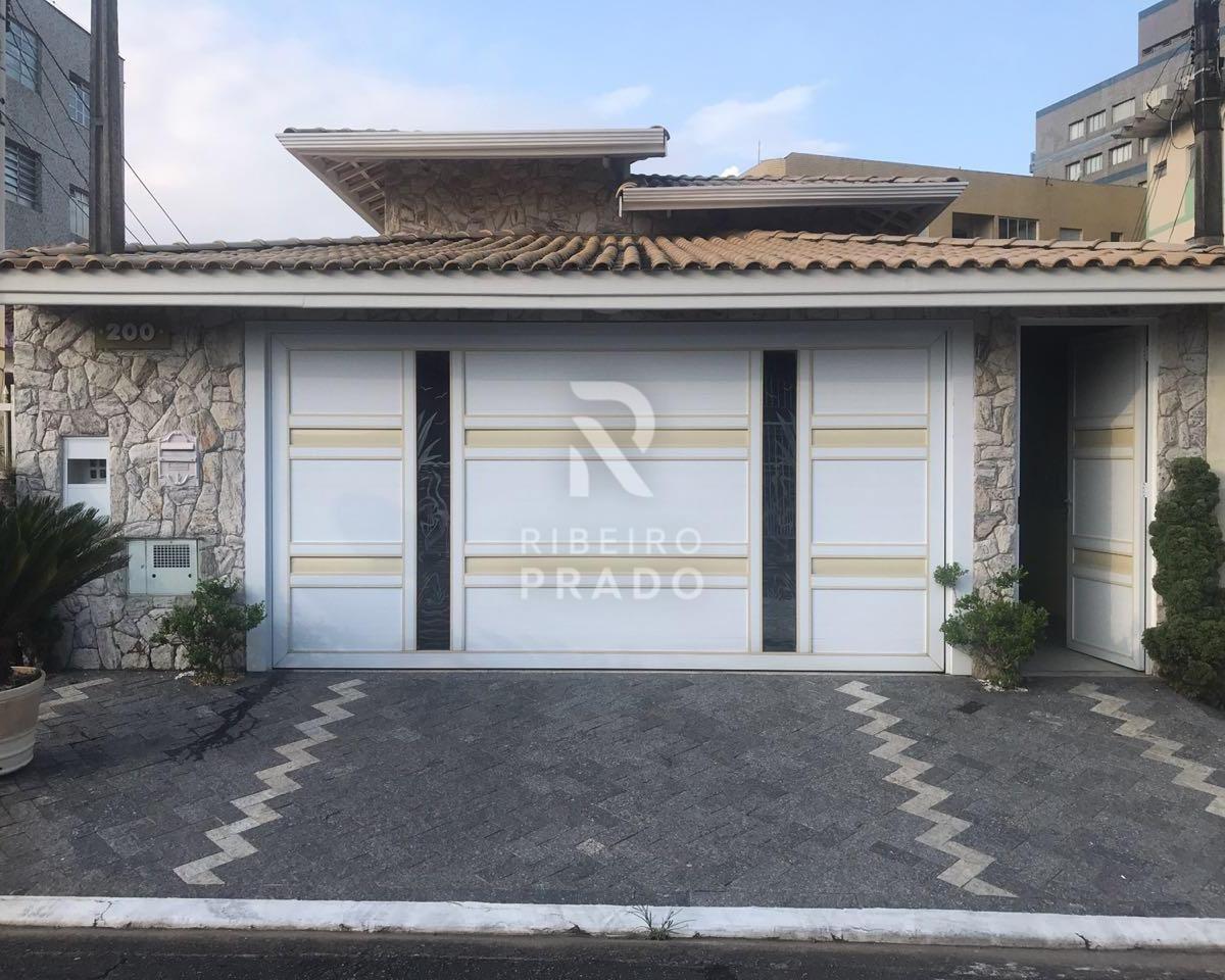 Casa à venda - na Vila Caiçara
