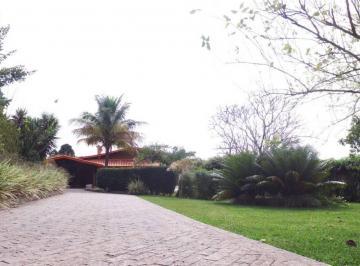 Casa · 320m² · 3 Quartos · 8 Vagas