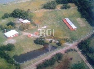 Rural · 2000m² · 3 Quartos · 9 Vagas