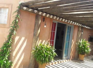Casa de 3 quartos, Santa Rita do Passa Quatro