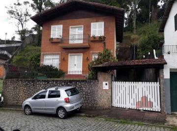 Casa de 3 quartos, Petrópolis