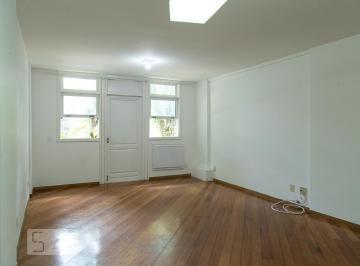 Casa · 180m² · 3 Quartos · 2 Vagas