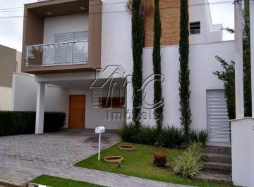 Casa · 450m² · 4 Quartos · 4 Vagas