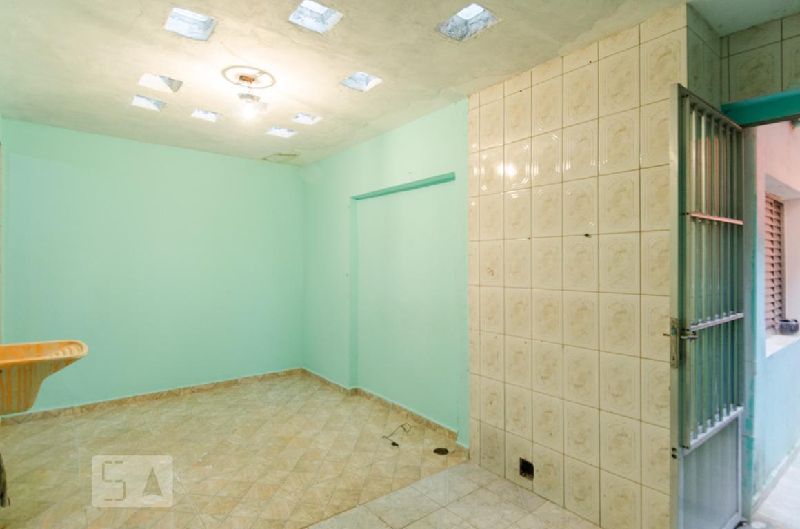 Casa para Aluguel - Planalto, 1 Quarto,  80 m²