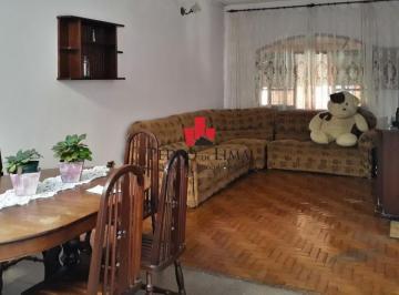 Casa · 120m² · 3 Quartos · 4 Vagas