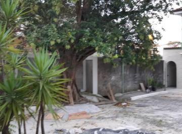 Casa · 100m² · 3 Quartos · 2 Vagas