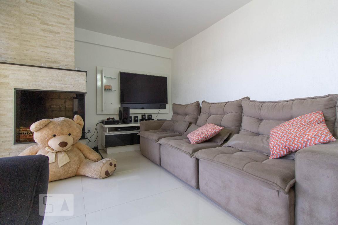 Casa para Aluguel - Xaxim, 3 Quartos,  360 m² - Curitiba