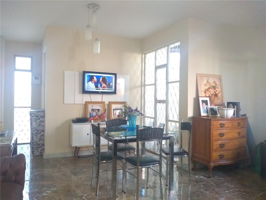 Casa à venda - em São João Batista (Venda Nova)