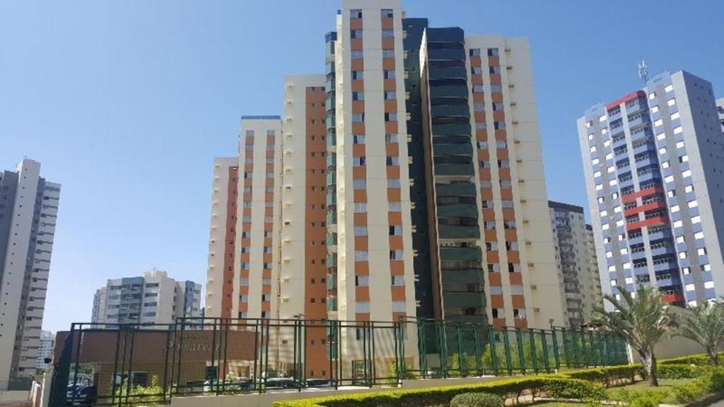 EXCELENTE OPORTUNIDADE! VENDO APT 3QTS SENDO 1 SUITE COM 120M²  ÁGUAS CLARAS