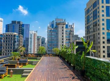 Lançamento comercial , São Paulo