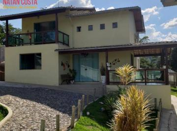 Casa · 400m² · 4 Quartos · 2 Vagas