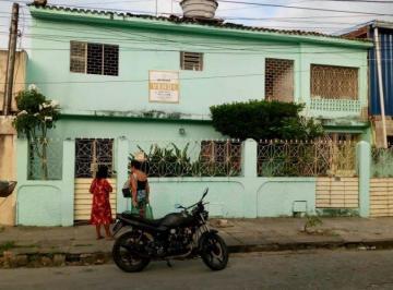 Casa · 636m² · 5 Quartos · 7 Vagas