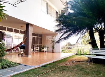 Casa · 622m² · 5 Quartos · 6 Vagas