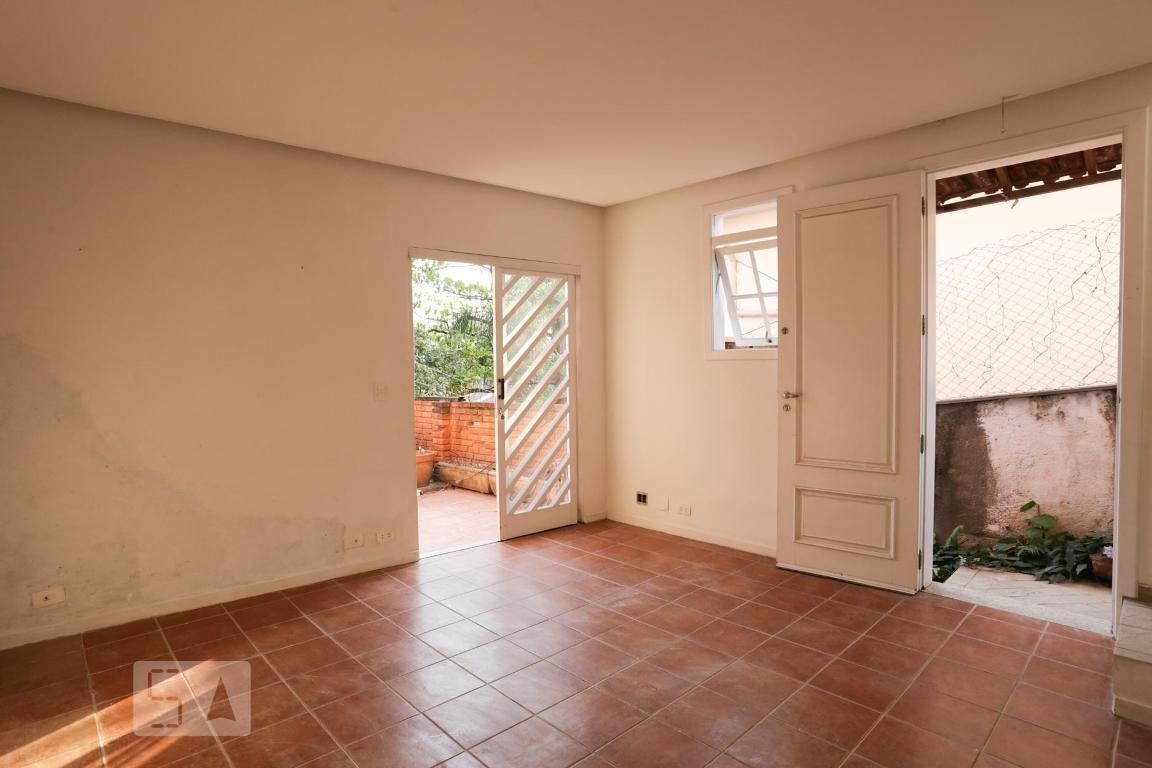 Casa para Aluguel - Sumaré, 2 Quartos,  135 m²